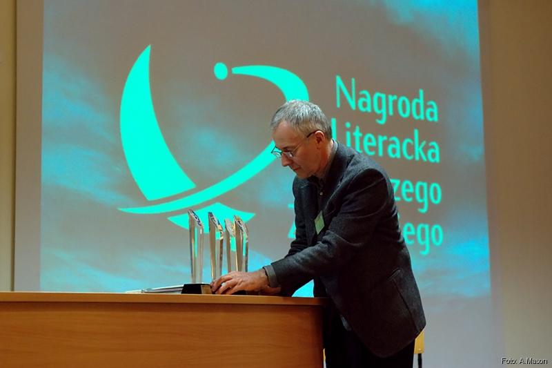 Andrzej istatuetki
